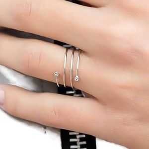 925 Sterling Silver CZ Spiral Thumb Ring